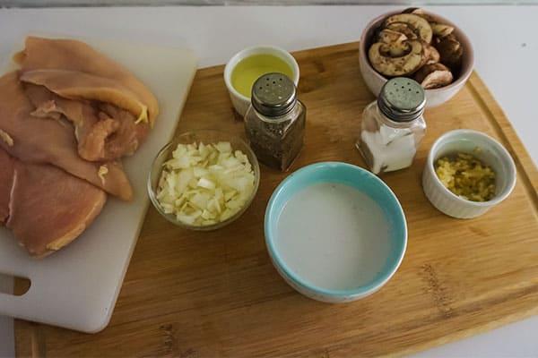 ingredients needed to make slow cooker chicken tetrazzini